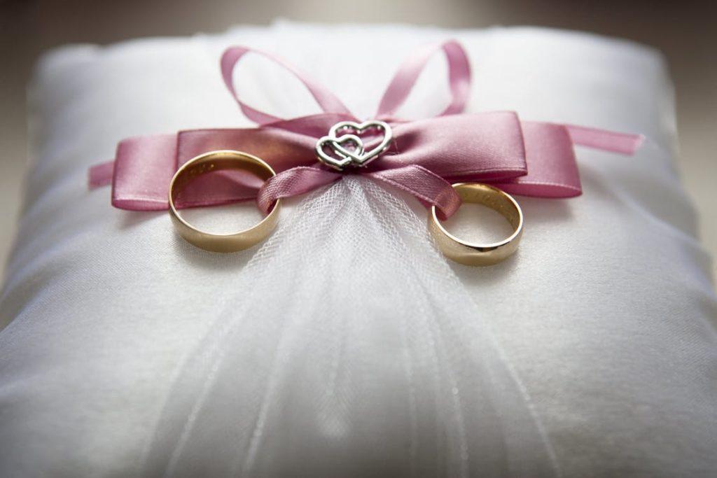 Die Verlobung – Was macht sie perfekt?