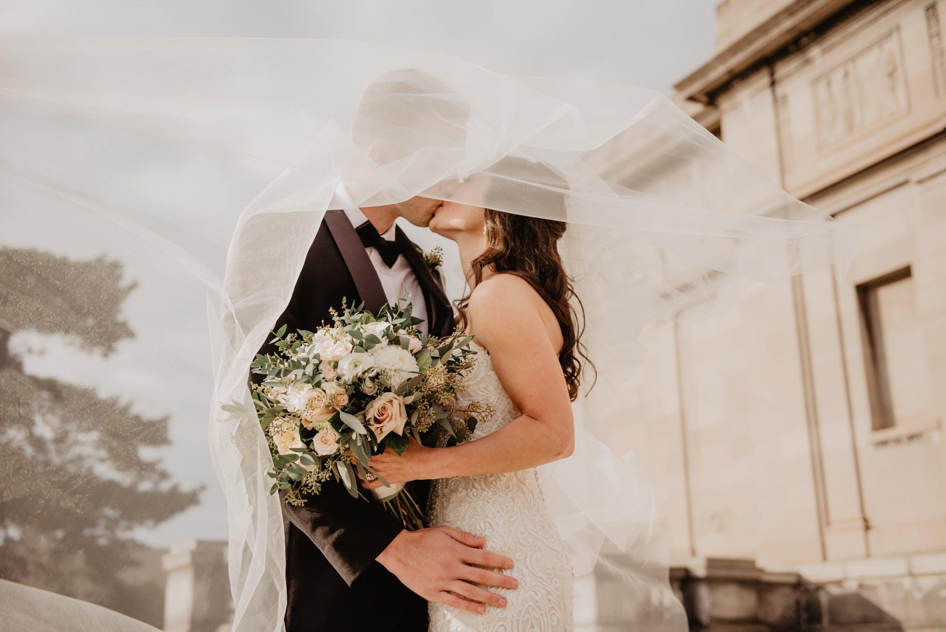 Hochzeit selber planen in 10 Schritten